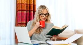 Работа дома, люди становятся более счастливыми и производительными